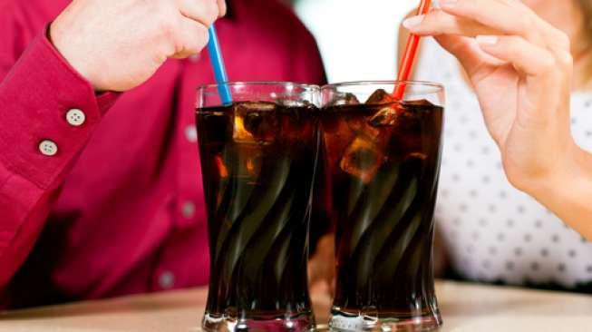 Minuman Bersoda Pengaruhi Tingkat Kesuburan