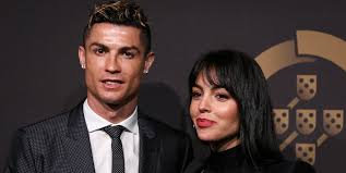 Gila,Ayah Kekasih Ronaldo Seorang Gembong Narkoba