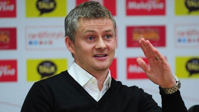 Ole Gunnar Solksjaer, selaku manajer interim dari Manchester United mengakui bahwa dirinya banyak belajari dari Sir Alex Ferguson