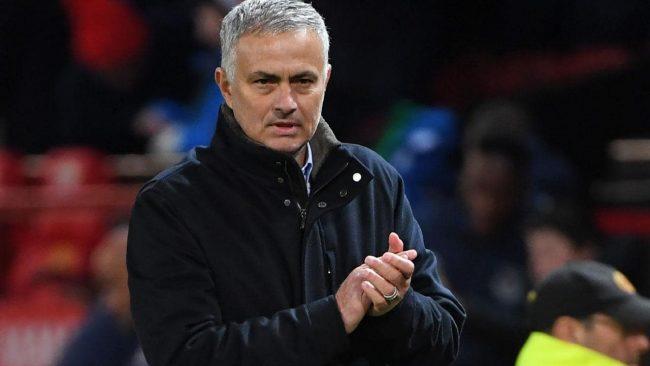 Ketenaran dari Jose Mourinho sebagai pelatih tidak menjamin bakal bisa menjadi untuk sang pemain menjadi pemain terbaik